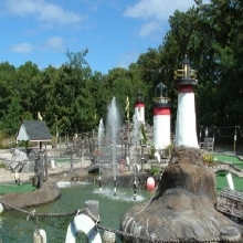 Poits Lighthouse Mini Golf